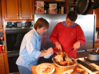 IMG_5474_jadeP_sydP_carving_turkey